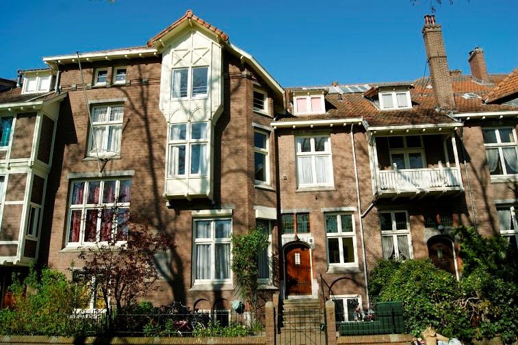 1. voorkant huis